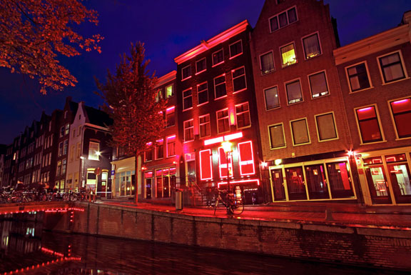 Red-Light-District1_576x385_bw