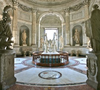 The Vatican Museum, Sistine Chapel and St Peter's Basilica Skip-The-Line Guided Tour – Semi-Private