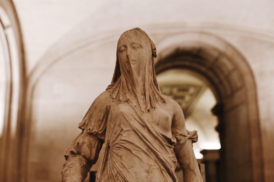 Lisa-Mona-Guided-Tour-Paris-Museum-Venus