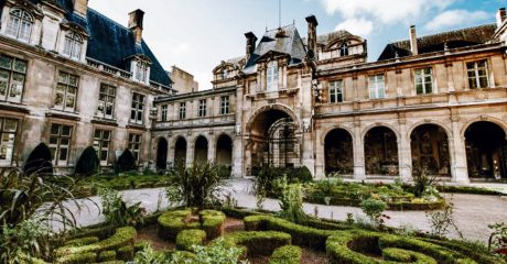 Le Marais District Guided Walking Tour – Semi-Private