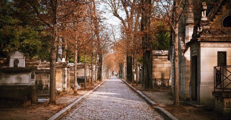 Pere Lachaise Cemetery Guided Walking Tour – Semi-Private