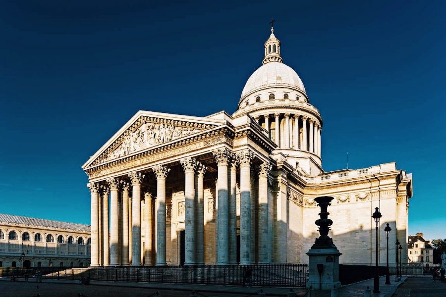 Quarter-Paris-Guided-Latin-Tour