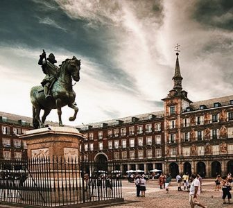 Madrid The Old City Guided Walking Tour – Semi-Private