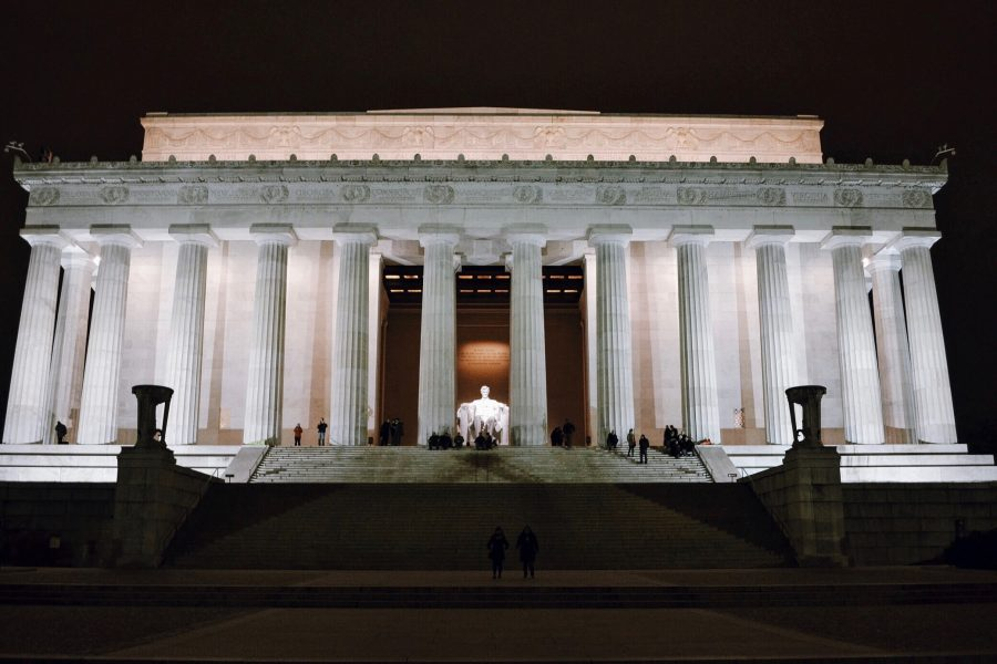 Washington-Tour-DC-Night-Walking