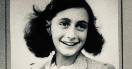Anne Frank, WWII Amsterdam Walking Tour Finishing at Anne Frank House – Semi-Private