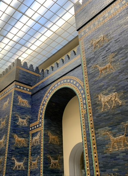 Berlin's Neues Museum & Pergamon Museum Skip-the-Line Guided Tour