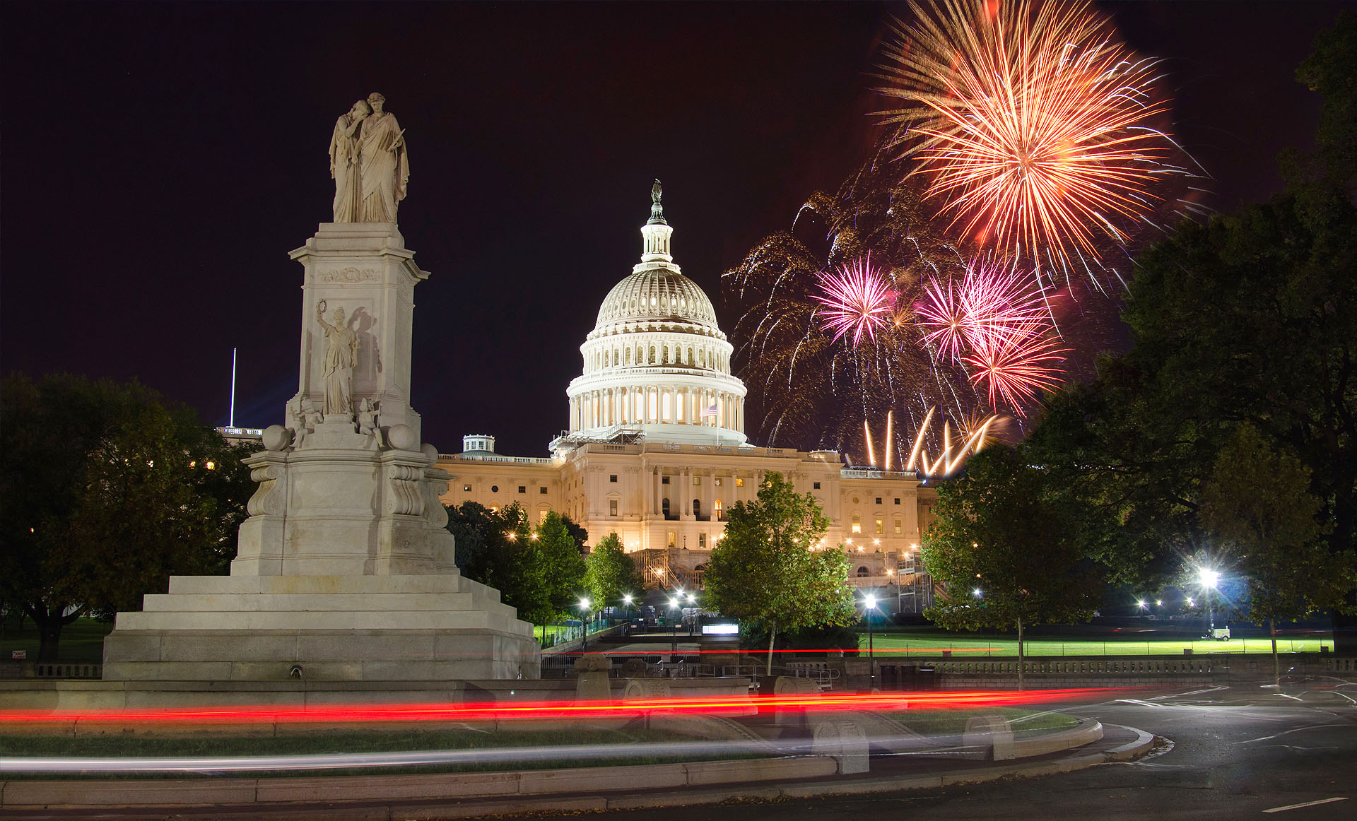 The Best Places to Celebrate New Year's Eve in Washington DC